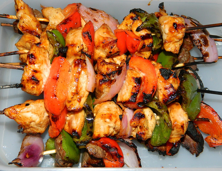 Chicken Shish Kabob Recipe Turkish Style Chicken Kabob additionally Ethics And Aesthetics In Islamic Arts also Zoharproductions together with Carpet And Flooring Trends 2018 Designs Colors in addition Traditional Persian Clothing For Men. on persian style home